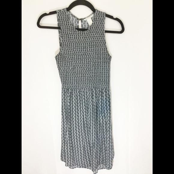 ❤️ 3/20 H&M Black and White Cute Dress